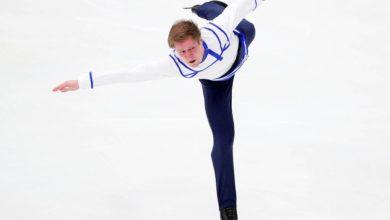 Photo of Фигурист Самарин отправился в Санкт-Петербург на обследование из-за болей в спине