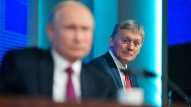 Photo of «Пока я носил эту штучку, я не болел». Пресс-секретарь Путина рассказал, почему заразился коронавирусом