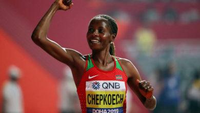 Photo of Кенийка Чепкоеч установила мировой рекорд в беге на 5 км