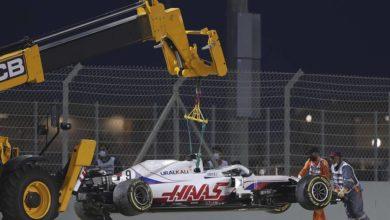 Photo of С места в барьер.  Мазепин начал путь в «Формуле-1» с аварии на первом круге