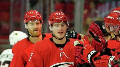 Photo of Два очка Свечникова помогли «Каролине» обыграть «Нэшвилл» в матче НХЛ