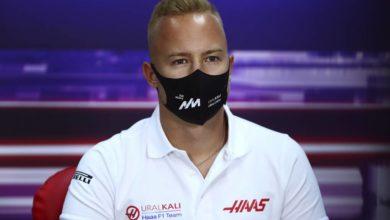 Photo of Мазепин назвал сход с трассы в первой гонке «Формулы-1» своей ошибкой