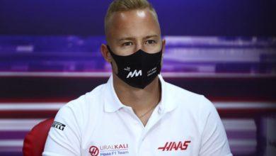 Photo of Косаченко призвала не делать трагедии из-за схода Мазепина в дебютной гонке «Формулы-1»