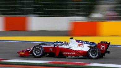 Photo of Австралиец Пиастри выиграл вторую гонку первого этапа «Формулы-2»