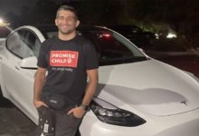 Photo of Бенил Дариуш получил автомобиль от Илона Маска