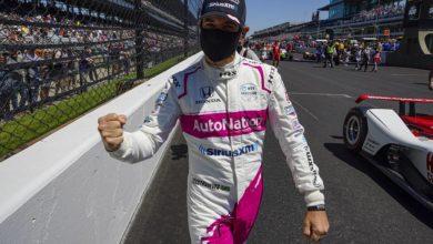 Photo of Бразильский пилот Кастроневес в 46 лет в четвертый раз выиграл гонку Indy 500